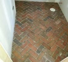 thumbs_thin-brick-floor-application